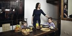 Mme Charron et ses enfants.jpg