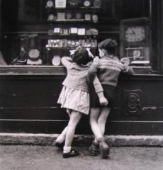 enfance_parisienne_boubat_0.jpg